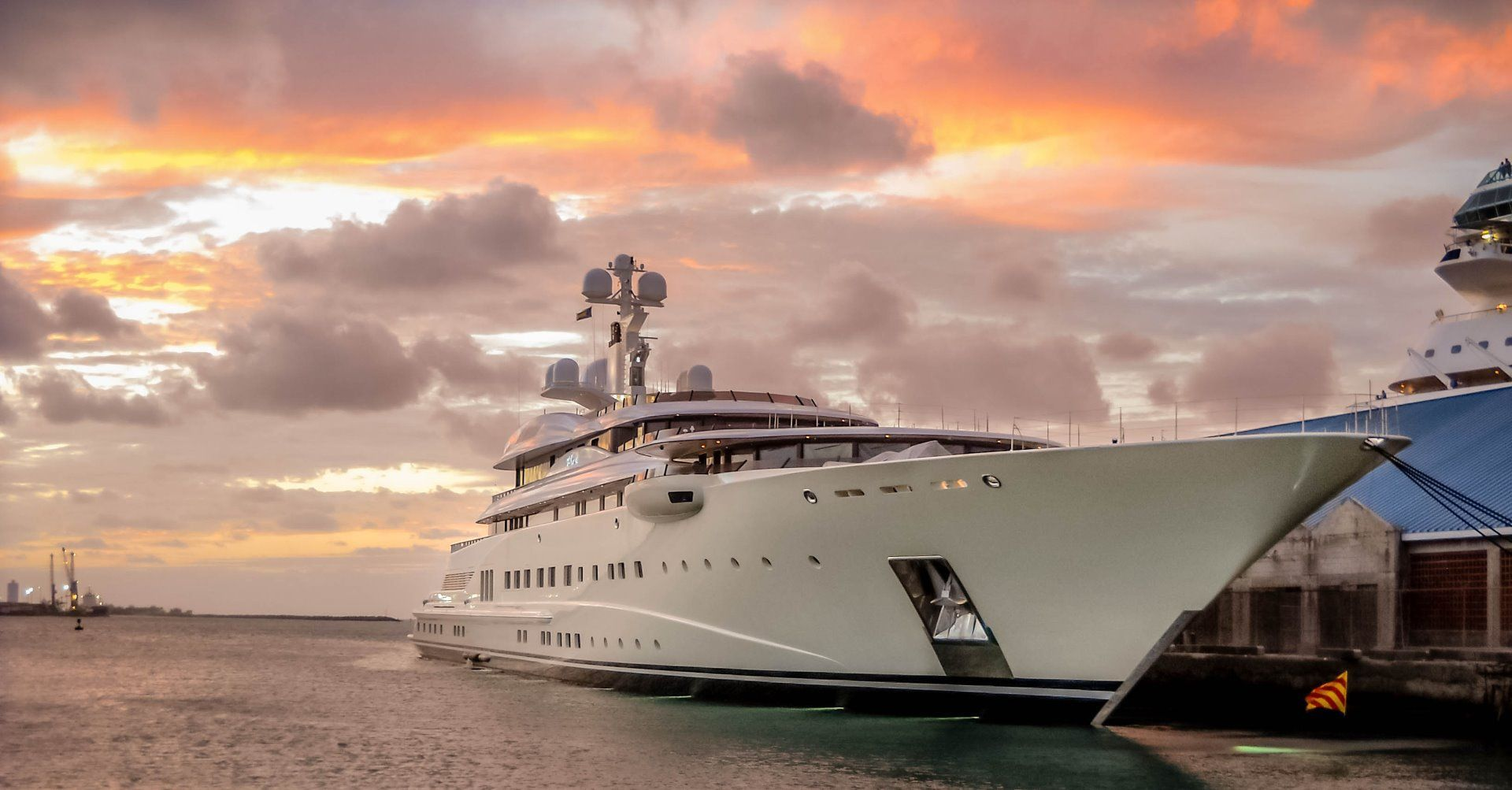 Want to work on a Superyacht ? A career fair is something to consider - Romcrew Maritime Career Center